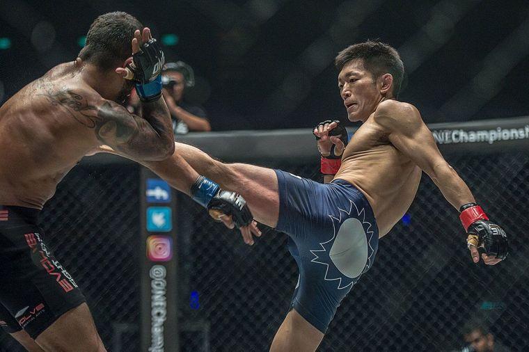 Yoshitaka-Naito-Bangkok-Fights-2-16-2-1200x799